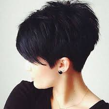 hairsuts with ears cut out and pushed up in back best 25 poxie haircut ideas on pinterest pixie cut with bangs