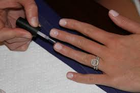 how to do a gel manicure u2013 laundry in louboutins