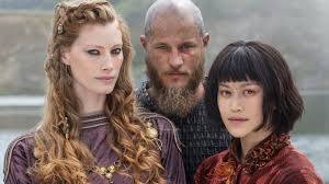 travis fimmel hair vikings vikings showrunner michael hirst talks ragnar s drug trip graphic
