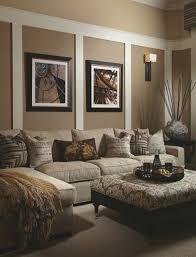 Wohnzimmer Einrichten Und Streichen Wohnzimmer Streichen Ideen Beige Wandfarbe Teppich Raffrollo