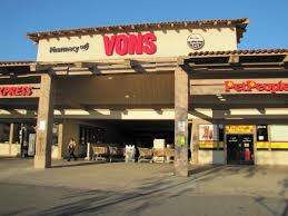 grocery stores open on thanksgiving in san diego at vons