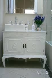 Vintage Bathroom Furniture Antique Bathroom Sink Cabinets Inspirati Vintage Bathroom Vanity