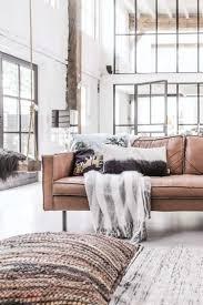 canapé coussin de sol coussins de sol accrocheurs pratiques dans l intérieur contemporain