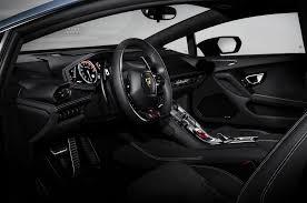 Lamborghini Huracan Gold - lamborghini huracan avio honors aviation with special color scheme