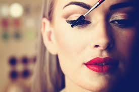 Red Flaky Skin Around Nose And Eyebrows 11 Easy Ways To Winter Proof Your Makeup Reader U0027s Digest