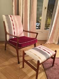 comment retapisser un canapé comment retapisser un fauteuil soi même diy clem around the corner