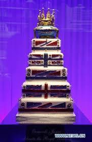 wedding cake london london s luxury store displays exquisite wedding cakes