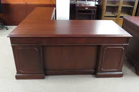 Buy And Sell Office Furniture by Services Adwebpreview