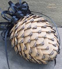 i am obsessed with quilted ornaments just this quilted