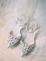 wedding shoes embellished 25 lovely wedding shoes ideas happywedd