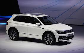 volkswagen vw 2018 vw tiguan suv aims for u s with third row higher mpg