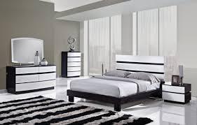 chambre a coucher noir et blanc idée décoration chambre noir et blanc