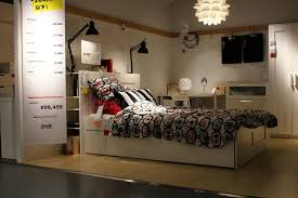 magasin chambre à coucher chambre à coucher dans un magasin d ikea au japon photo éditorial