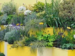 Gardening Ideas For Small Spaces Container And Small Space Gardening Diy