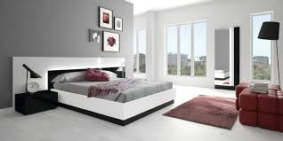 wohnideen grau boden wohnideen schlafzimmer graue wand heller boden wanddeko rote