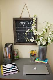 joanna gaines u0027 dorm room decorating ideas are cute enough to use