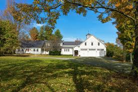 vermont farmhouse vermont ranch farm plantation real estate and homes for sale