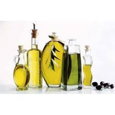 cuisiner à l huile d olive cuisine poster reproduction bouteilles d huile d olive 50 x 70 cm