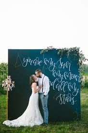 wedding backdrop quotes 31 best wedding wall decoration ideas everafterguide