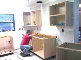 installing kitchen cabinets youtube how much to install kitchen cabinets labor cost to install kitchen