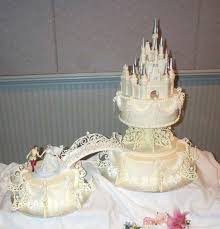 wedding cake castle 33 best disney wedding cakes images on disney wedding