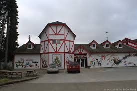 santa claus house north pole ak santa claus house at north pole alaska day by day in our world