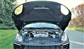 Porsche Macan Dark Blue - 2017 porsche macan the car magazine