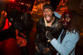 halloween horror nights eddie star shots jessica chastain kate hudson u0026 more celebs star