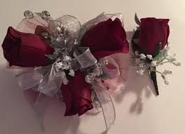 Prom Wristlets 34 Best Prom Corsages 2017 Images On Pinterest Boutonnieres