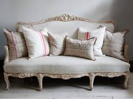 Best  Antique Sofa Ideas On Pinterest Antique Couch - Antique sofa designs