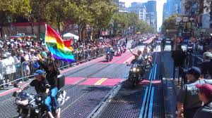 hundreds of thousands celebrate pride in san francisco cbs san