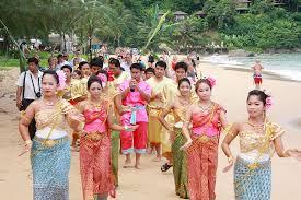 mariage thailande us et coutumes du mariage thaïlandais le tour du monde en 80