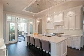 repeindre des meuble de cuisine repeindre meuble de cuisine en bois beautiful vernis meuble cuisine