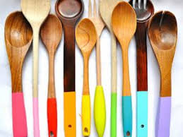ustensil de cuisine personnaliser ses ustensiles de cuisine en bois par idee creative