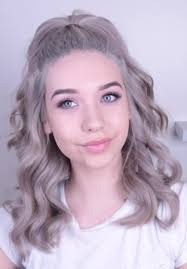 barrel curl ponytaol amanda steele wavy silver barrel curls half up half down ponytail