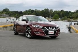 nissan platinum 2016 9 things nissan shows off with the 2016 maxima autoguide com news