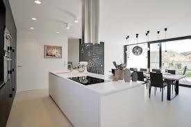 cuisine moderne avec ilot central cuisine moderne design avec ilot lineaire cbel central newsindo co