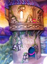 Party Room For Kids by Best 25 Tangled Room Ideas On Pinterest Rapunzel Room Tangled