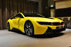 bmw i8 wallpaper hd at night bmw i8 wears a yellow suit with red accents