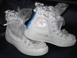 wedding shoes converse gisele s crafts bridal converse shoes