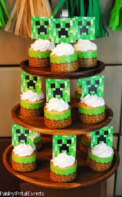 Minecraft Party Centerpieces by 16 Best Minecraft Images On Pinterest Tables Minecraft And