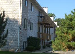 one bedroom apartments in normal il 1170