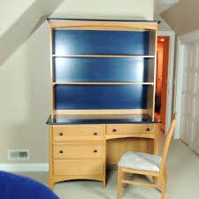 Maple Desk With Hutch Ragazzi Maple Desk And Hutch With Chair Ebth