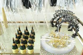 Bright Interior Nuance Ideas Enchant Your Home With New Year Eve Party Ideas Homihomi