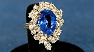 cartier diamond rings images Antiques roadshow appraisal cartier sapphire diamond ring jpg