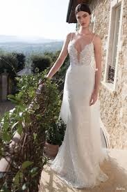 wedding dress necklines 27 seductive and plunging neckline wedding dresses