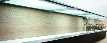 lumiere cuisine sous meuble eclairage cuisine et dressing leroy collection avec luminaire sous