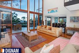 Wollongong Beach House - dignam real estate specialises in real estate in wollongong