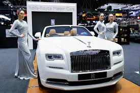 roll royce thailand rolls royce inspires vatanika fashion collection at thai motor expo