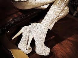 أحذية آخر صيحة images?q=tbn:ANd9GcS